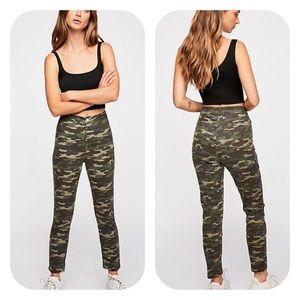 Free People Belle Camo Printed Skinny Jeans